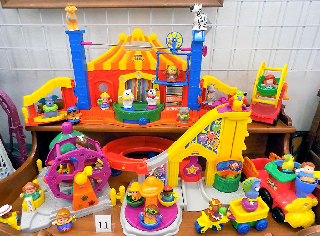 Fisher Price Little People circus themed collection.